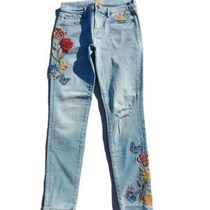 Driftwood embroidered stretch Marilyn fit jeans